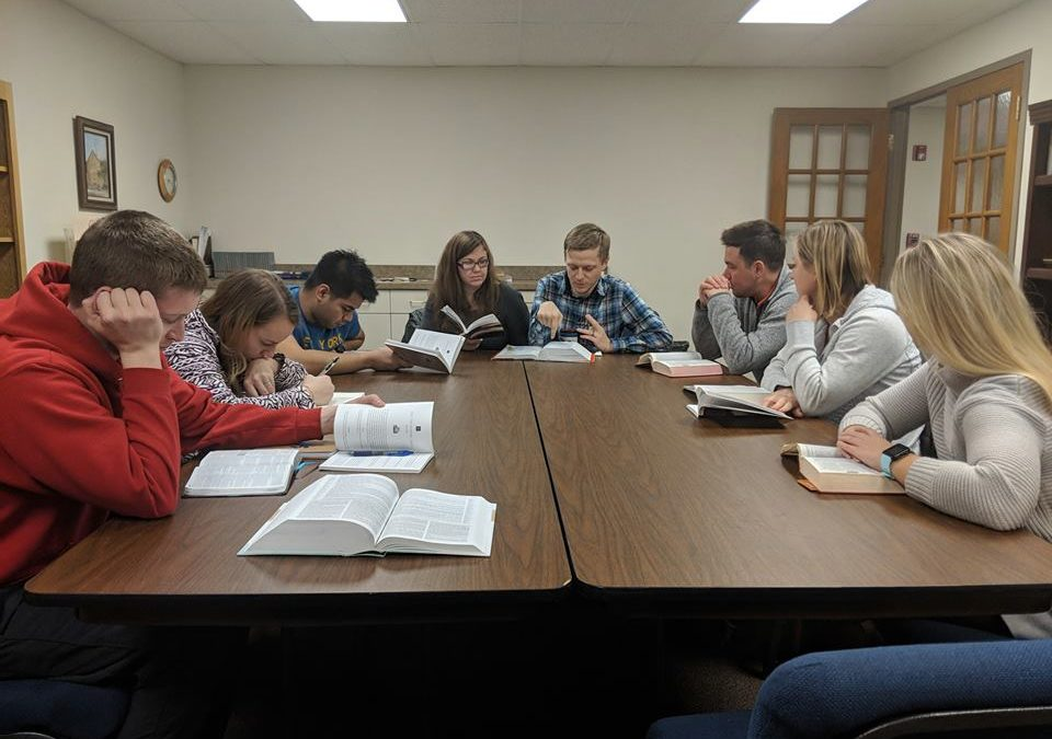 20/30 Vision – Young Adult Group – Sundays, 6pm
